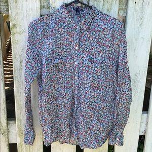 GAP Lightweight Long Sleeve Shirt. Size M. EUC.